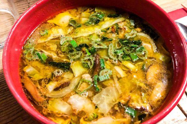 zuppa-pancia-maiale-verdure